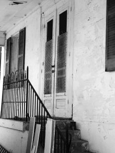bell-house-door