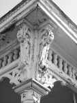 madison-porch-detail